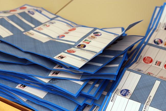 Spoglio elezioni macerata 2015_Foto LB (1)