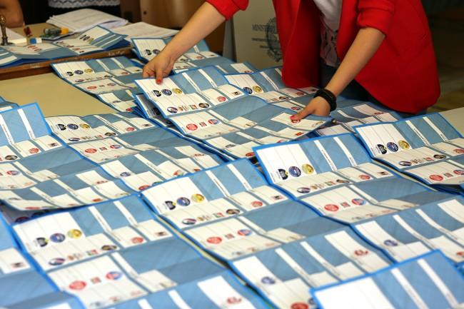 Spoglio elezioni macerata 2015_Foto LB (6)