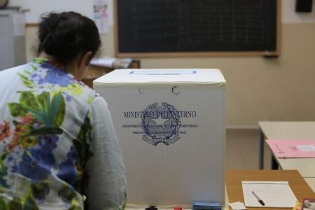 ballottaggio-votazione-elezioni-2015-31-450x300