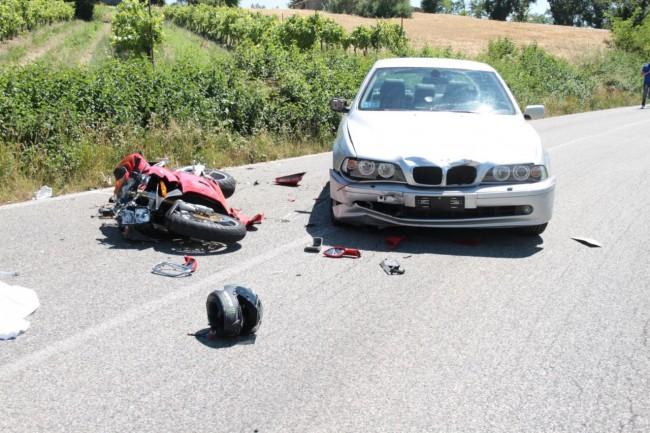 L'incidente a Morrovalle dove ha perso la vita Lorenzo Simonetti