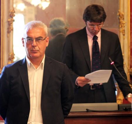 Il sindaco Romano Carancini e Maurizio Del Gobbo che ha presieduto la prima parte dell'assise in qualità di consigliere anziano