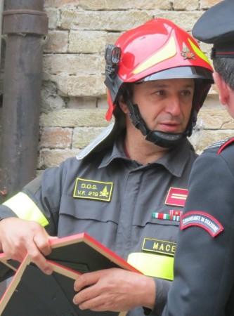 Elvio Tedeschi capo distaccamento dei vigili del fuoco di Tolentino