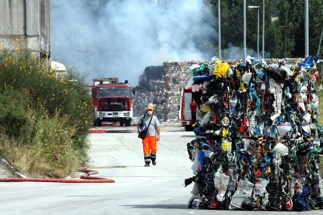 Incendio Cosmari_Foto LB (2)