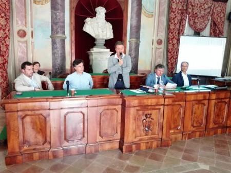 La presentazione dell'accordo per l'intervalliva