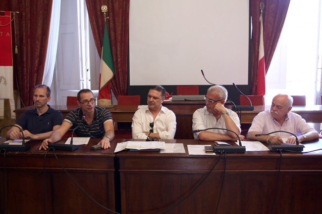 La conferenza di oggi. Da sinistra: Luciano Messi, Francesco Micheli, Gianfranco Stortoni, Romano Carancini e Antonio Pettinari