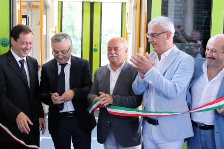Soprano_Sciapichetti_Pettinari_Carancini_Inaugurazione treno Swing stazione Macerata_Foto LB (2)