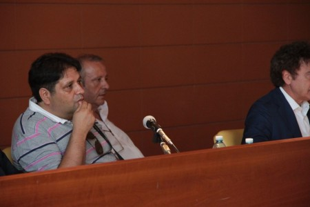 Il direttore Giuseppe Giampaoli durante l'assemblea di questo pomeriggio