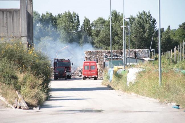 Vigili del fuoco ancora a lavoro