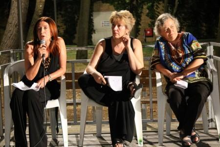 Le relatrici dell'incontro da sinistra Silvana Zechini, Monica Lanfranco e Greetje van der Veer.