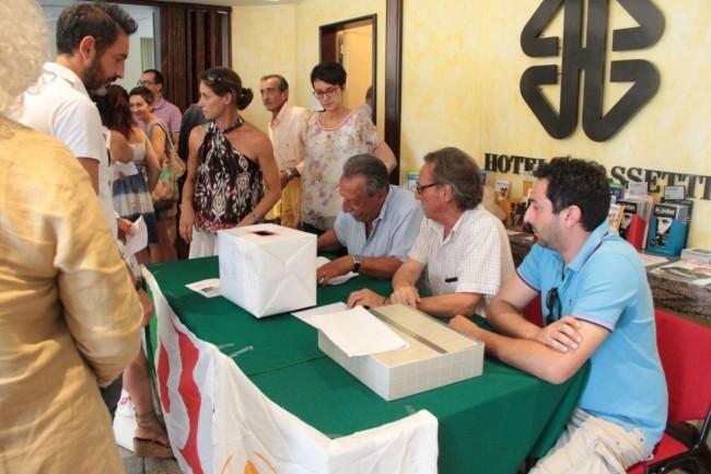 conferenza PD all'hotel grassetti elezione segretario foto ap 27