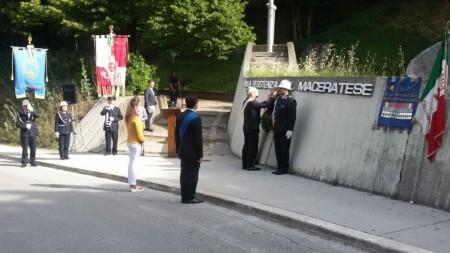La cerimonia del 30 giugno al monumento ai Caduti