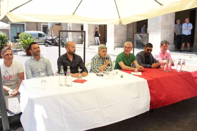 presentazione nuovo allenatore Maceratese Bucchi foto ap 6