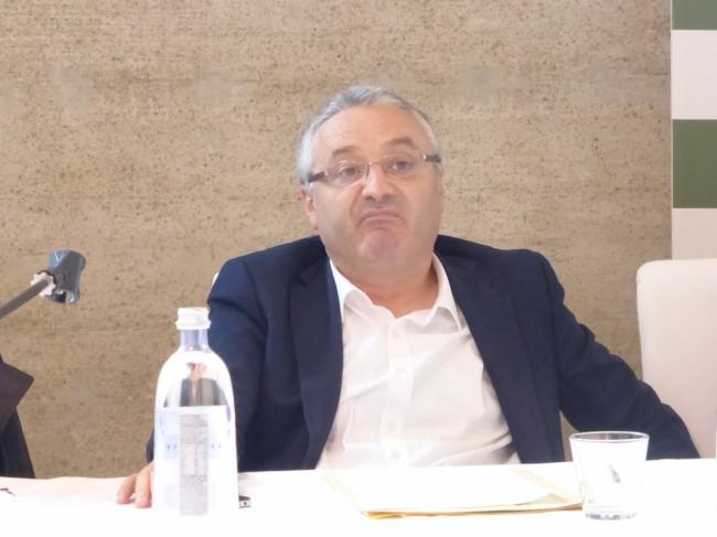 Angelo Sciapichetti assessore regionale primo incontro regione comuni giunta itinerante 201528