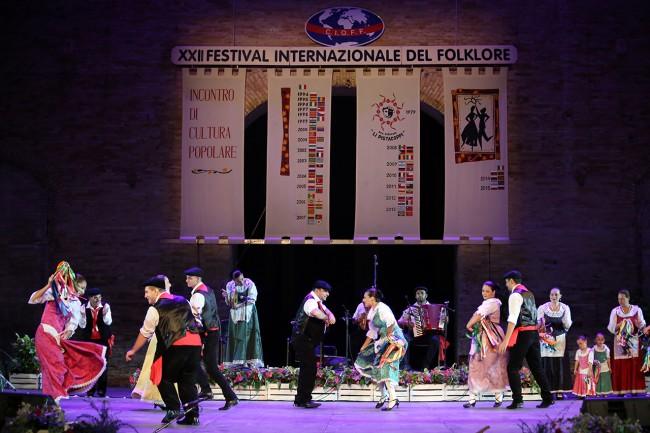 Fesitval_Folklore_2015_Foto LB (8)
