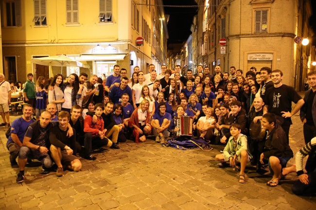 Festa Folk Piazza Annessione Macerata_Foto LB (6)