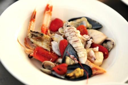 Gastronomia: Festival Internazionale Brodetto a Fano, un piatto con molluschi e crostacei