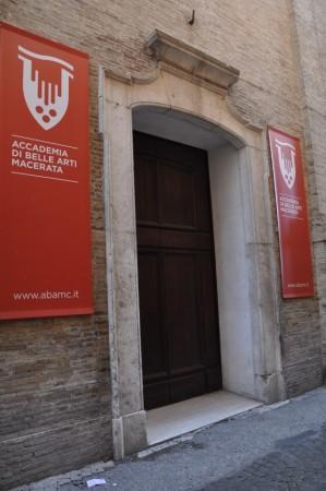 L'ingresso dell'auditorium Svoboda in via Berardi