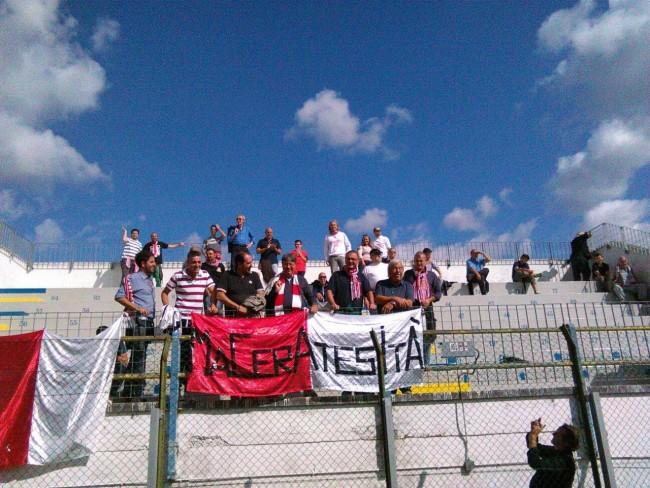 I tifosi della Maceratese a Santarcangelo