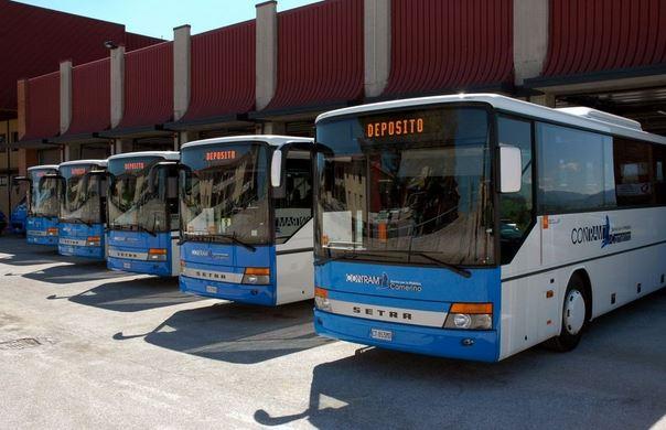 autobus-contram
