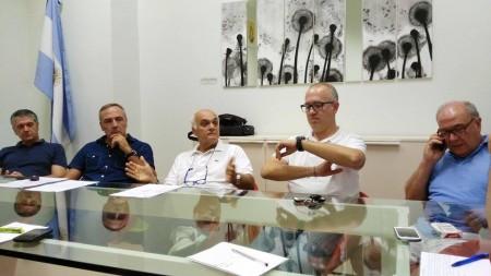 Da sinistra i consiglieri di centro destra Claudio Morresi, Giovanni Corallini, Massimo Mobili, Fabrizio Ciarapica e Sergio Marzetti