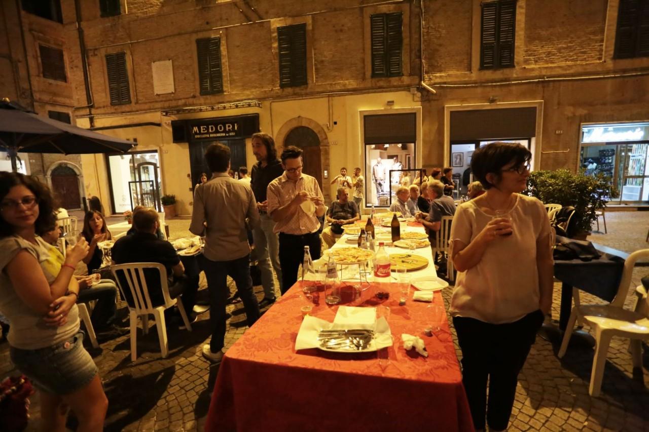 festa cena compleanno cronache maceratesi cm 7 anni di gusto italiano macerata foto ap 2