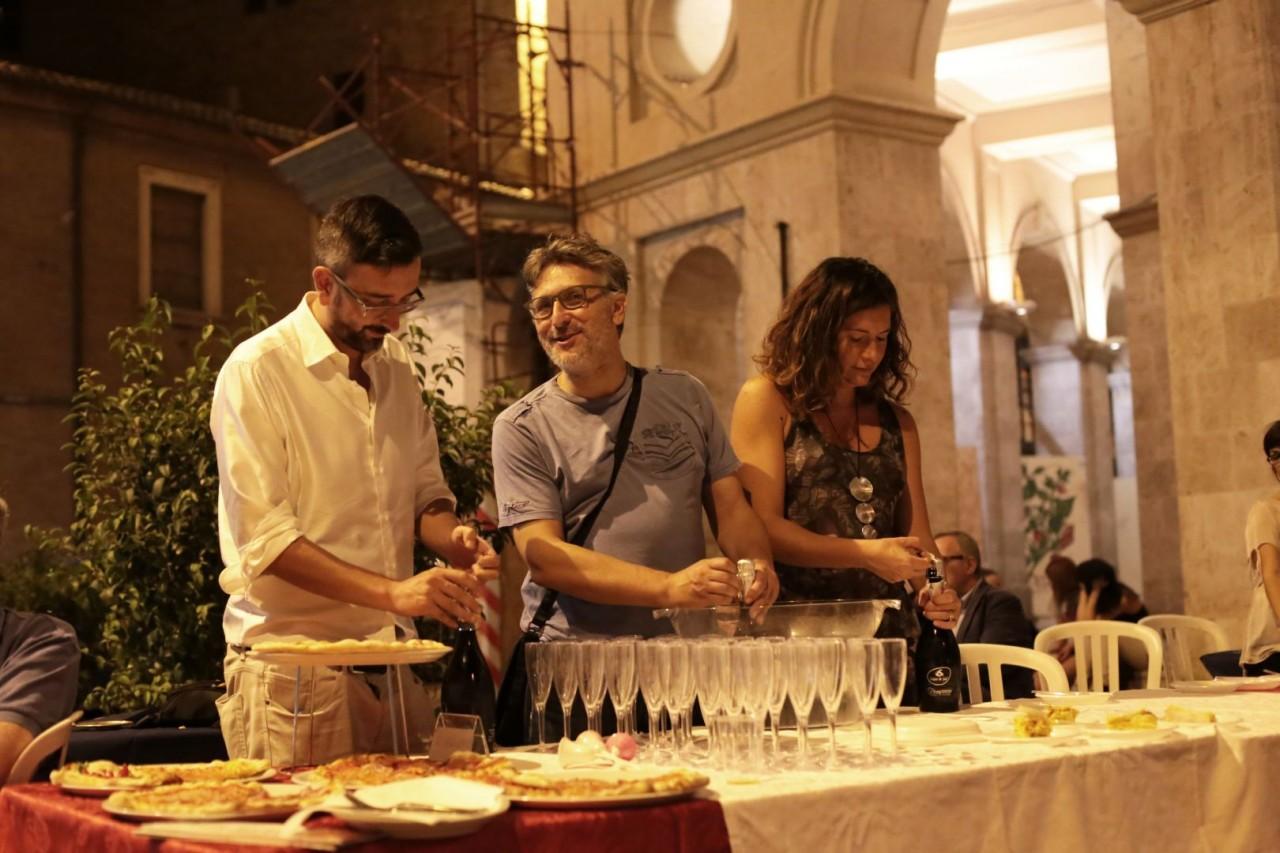 festa cena compleanno cronache maceratesi cm 7 anni di gusto italiano macerata foto ap 20
