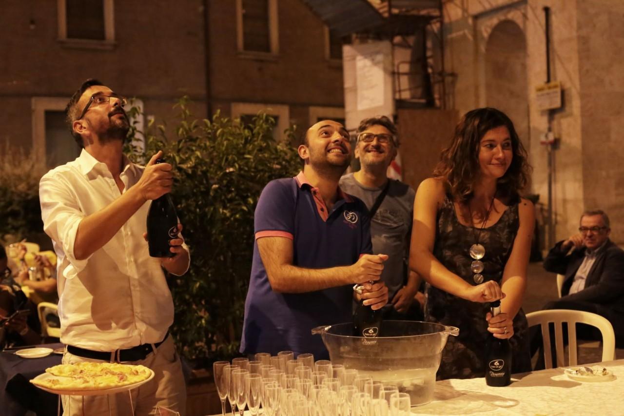festa cena compleanno cronache maceratesi cm 7 anni di gusto italiano macerata foto ap 21
