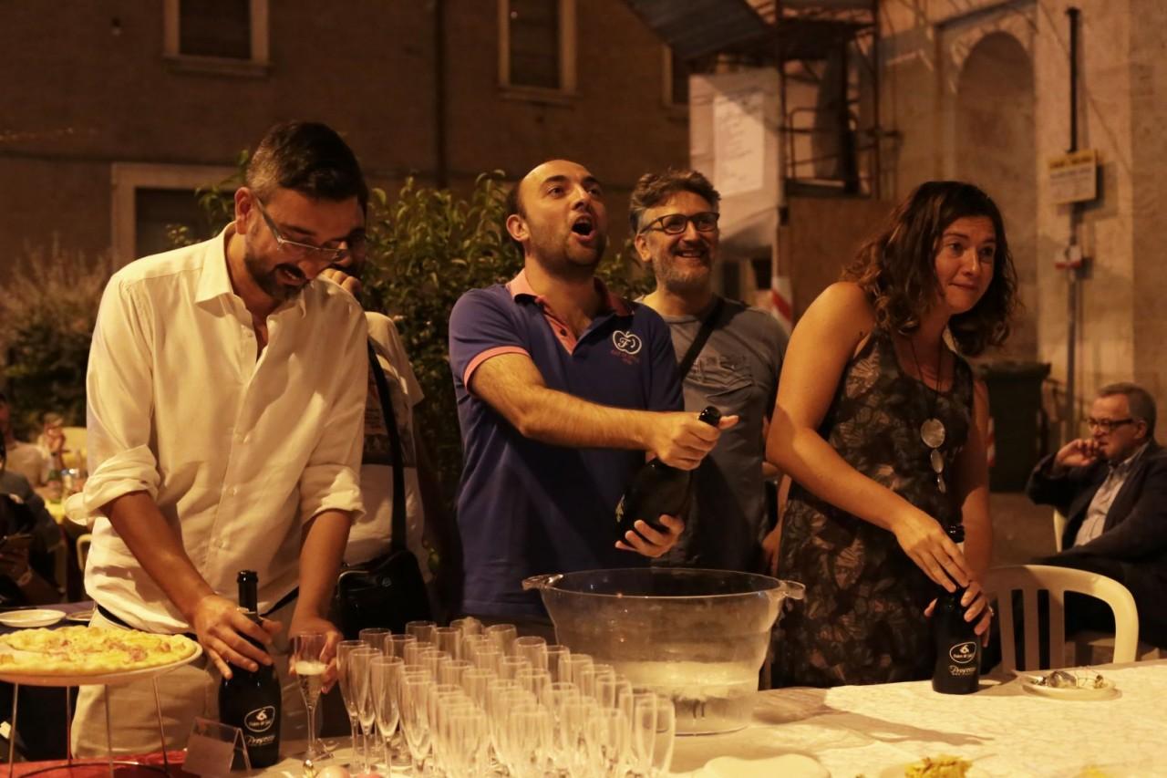festa cena compleanno cronache maceratesi cm 7 anni di gusto italiano macerata foto ap 22