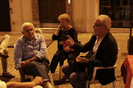 Anche il sindaco di Macerata Romano Carancini è passato per un saluto