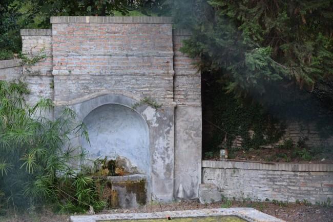 Fonte di Bonaccorsi all'interno di villa Corradini-Borioni