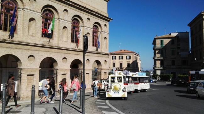 incidente trenino turistico macerata_Foto LB (1)
