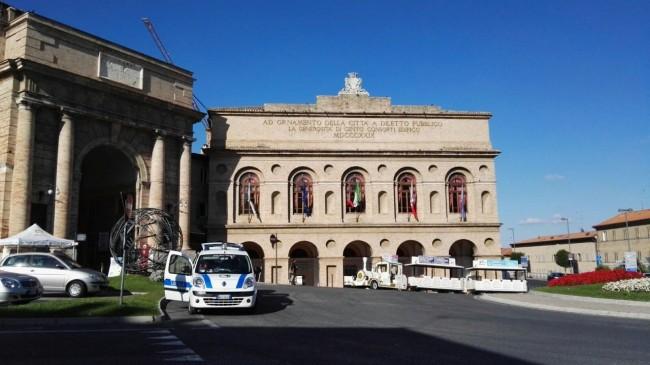 incidente trenino turistico macerata_Foto LB (3)