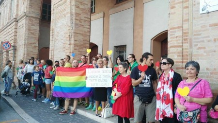 La contro manifestazione della rete Chegender