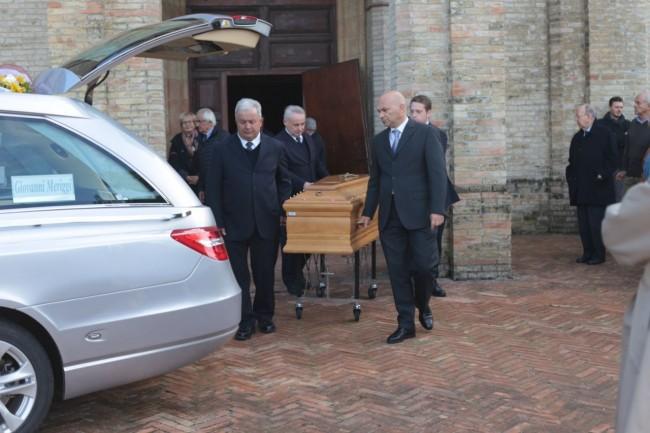 funerale meriggi chiesa cappuccini foto ap (10)