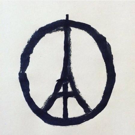 Il disegno della Tour Eiffel nel simbolo della pace, realizzato da Carlos Latuff, sta facendo il giro del mondo