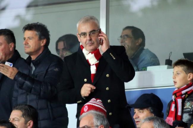 Il sindaco di Macerata Romano Carancini allo stadio Helvia Recina