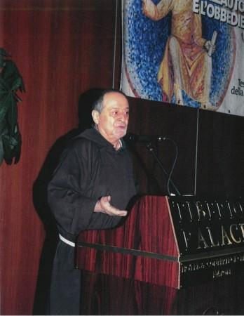 Padre Fidenzio Volpi