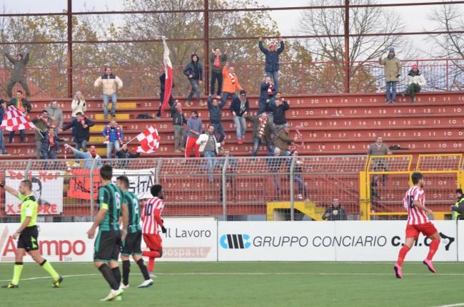 Tifosi Maceratese dopo gol