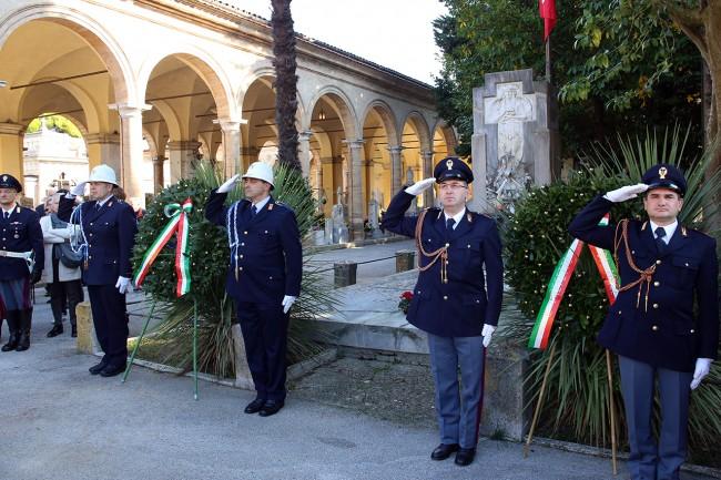 cerimonia-commemorazione-defunti-cimitero-macerata_Foto-LB-7-650x433