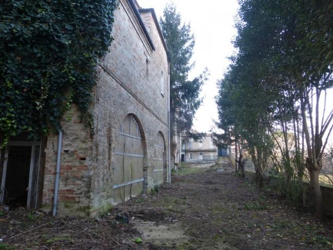 I 900 metri quadri di giardino nascosti dietro al convento delle Monachette