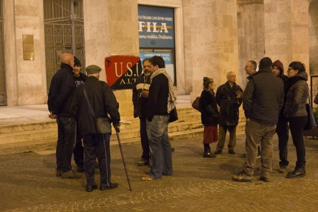 manifestazione centri sociali immigrati attentati piazza battisti foto ap (1)