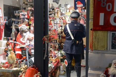 I carabinieri dopo l'accaduto