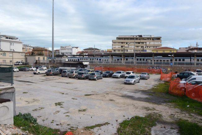 parcheggio stazione ex ceccotti (2)