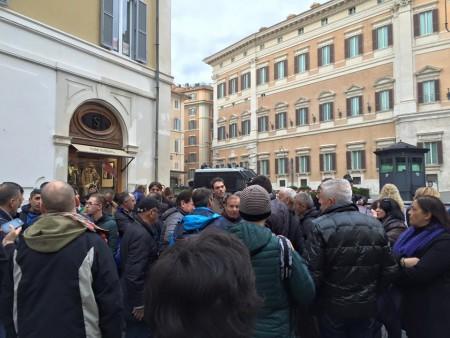 Manifestazione a palazzo Chigi