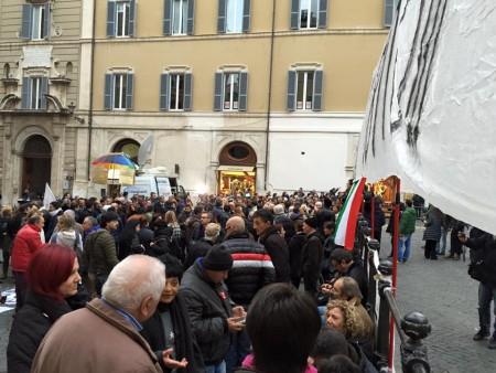 La protesta dei risparmiatori a Roma