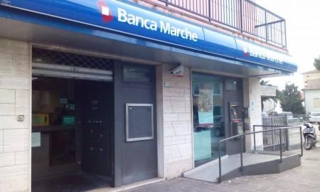 Banca-Marche-via-Alighieri-Civitanova-1-450x270