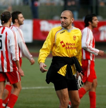 Luca Gentili quando giocava come portiere nella Maceratese