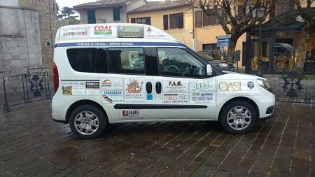 L'autovettura speciale acquistata da imprenditori e artigiani del territorio cingolano