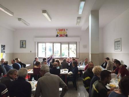 Il pranzo dei vigili del fuoco nella sede del distaccamento di Civitanova