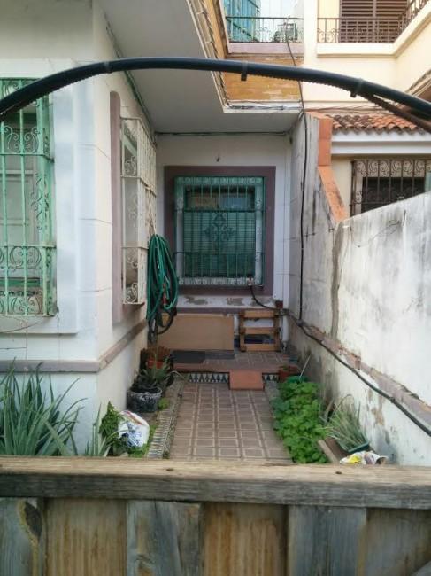 casa di Chiara Scirpoli calle Rojas Zorrilla Nervión 3